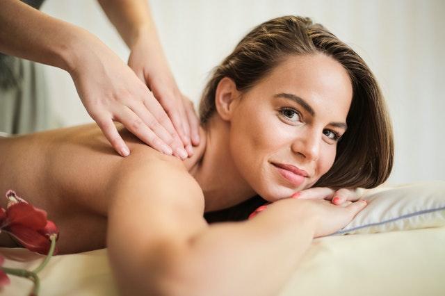 jeu de rôle en couple massage