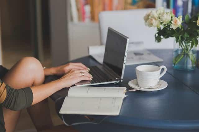 relation discrète en ligne